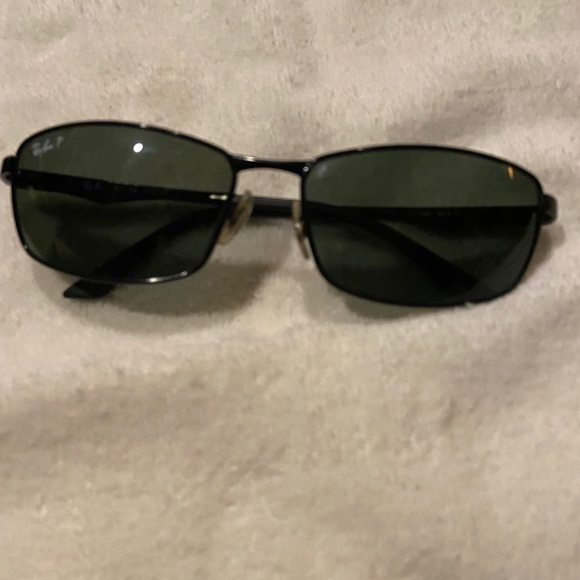 New Authentic RayBan polarized sunglasses